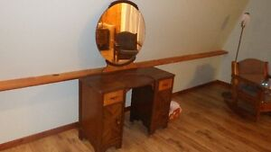antique dresiing / make up table with mirror