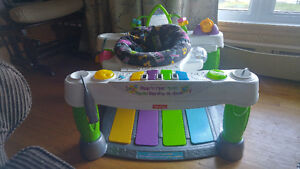 Step and play Fisher Price