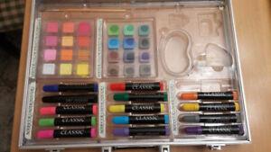Valise marqueurs - aquarelle - pastels