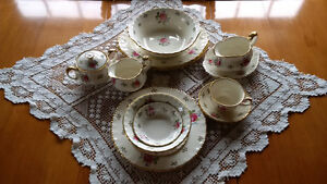 "China Place Setting - Cream Petal by Grindley England ""La Rosa"""