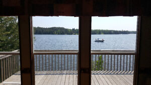 Lakefront cottage in the Kawarthas