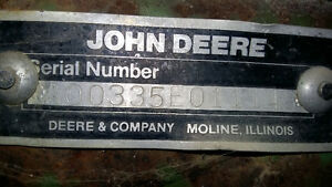 John Deere 335 30 ft disc