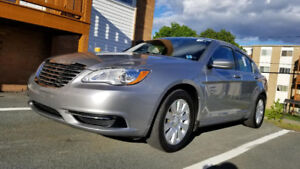 2013 Chrysler 200 MVI till March 2020 CarProof report available