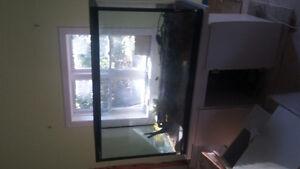 Aquarium, meuble et filtre