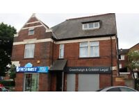 2 bedroom flat in Chorley Old Road, Bolton, BL1