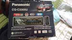 Mp3 CD player with remote London Ontario image 1