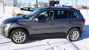 2010 VW Tiguan AWD Highline with 85500km