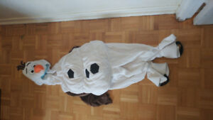 Selling costumes