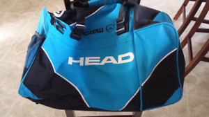 Used great condition HEAD brand gym/duffle bag