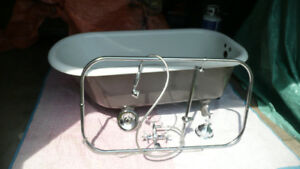 Beautiful CLAW FOOT Tub  with ACCESSORIES