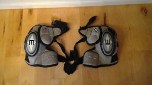 Hockey Elbow Pads- Easton- Classic Air- Junior Long