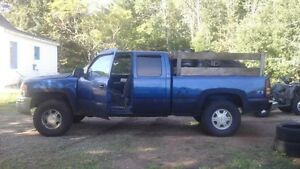 2000 to 2007 chev and gmc 4x4 v8 parts