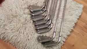 Callaway X18 iron set 4-sw in excellent condition