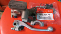 CRF 450, 250 Master Cylinder + kit de réparation  45510-MEN-J01
