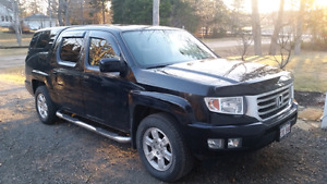 2013 Honda Ridgeline VP - Low, low kms
