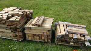 Wood,pallets and straps