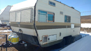 Awesome Older Travelaire Camper   SPRING IS HERE!!