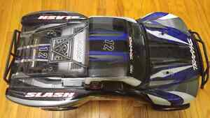 Traxxas Slash with Controller, Li-Po Battery, Charger Peterborough Peterborough Area image 2