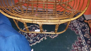 Rattan Loveseat (Papasan) Peterborough Peterborough Area image 3