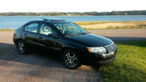 2005 Saturn ION 2 Midlevel Sedan