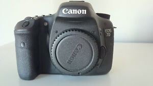 Canon 7D Body only (like New)