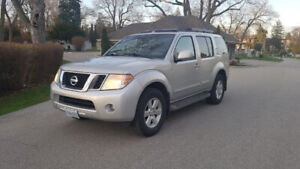 2008 Nissan Pathfinder SE - Good Condition Silver 206,000km