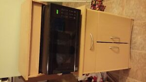 Kenmore Microwave Oven and Microwave Stand/Cabinet - N/S Home