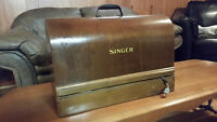 SEWING MACHINE ANTIQUE, 1918 SINGER IN ORIGINAL BOX!