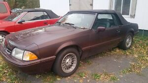 1989 Ford Mustang decapotable