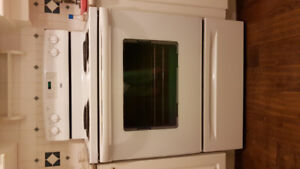 Inglis electric range in good working condition