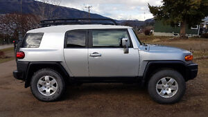 07 Toyota FJ Cruiser VERY LOW KMS