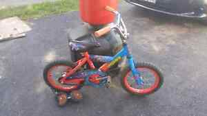 Small spiderman bike with training wheels.  Cambridge Kitchener Area image 1