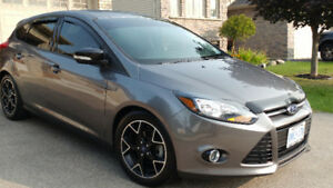 2014 Ford Focus SE Sedan Warranty and maintenance plan included