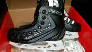 Hockey Skates Junior Size 3 (Shoe size 4.5)