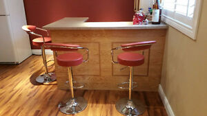 Beautiful bar with counter top Cambridge Kitchener Area image 2