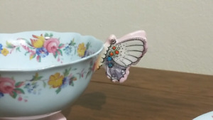 Paragon Butterfly Handle Teacup Tea Cup Saucer Cabbage Rose