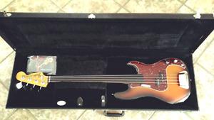 Fender Precision Custom Shop Fretless Bass