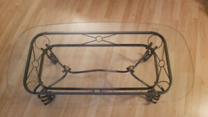 Glass coffee table. Good condition