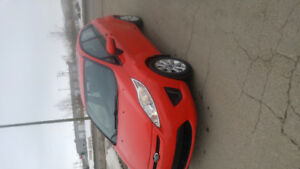 2013 Ford Fiesta Hatchback htd seated ($6150 obo)