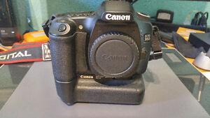 Canon 30D, Battery Grip, Sigma 18-200 Lens, Strap