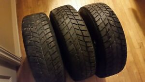 Set of 3 Hankook winter tires on rims  (185/70/14)