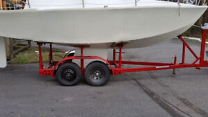 New custom made 24 foot sailboat with trailer