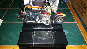 Awesome Harley-Davidson phone with box and 10 day warranty!!!!!!