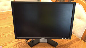 "Dell 22"" Widescreen LCD - Model #E228WFPc"