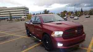 2011 Dodge Ram 1500 Laramie Crew Cab 4X4 full loaded