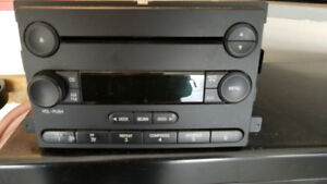 OEM radio console for 2005-6 Ford Focus