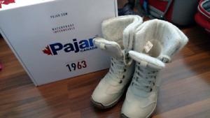 Pajar Canada women's snow boots authentic