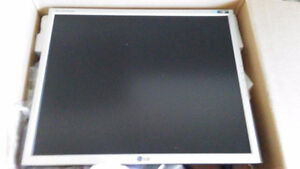 Compaq desk top for sale