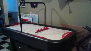 Hockey Table & Accessories