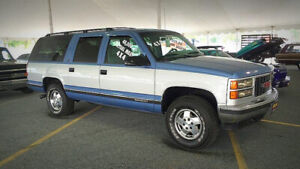LOOKING FOR a 1995 to 1999 Chev/GMC Suburban